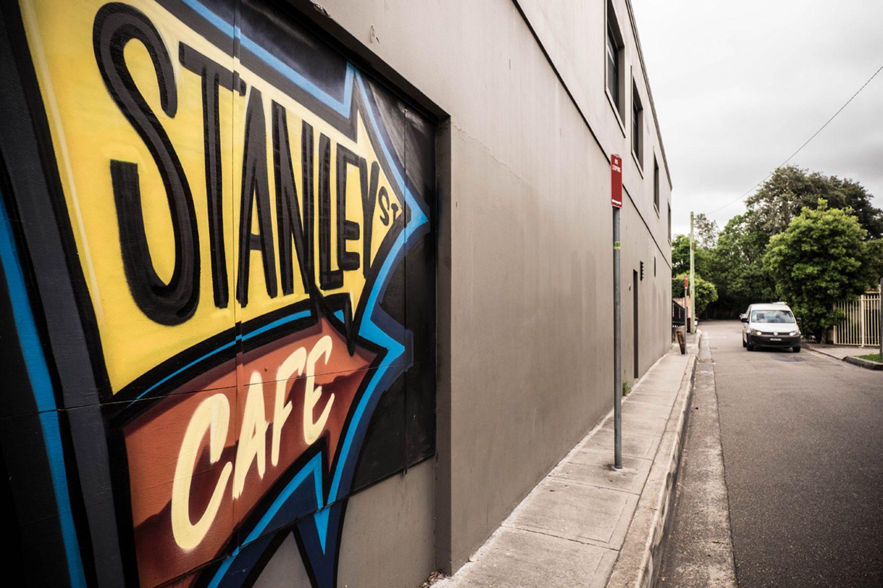 MB - St Ives - Stanley St