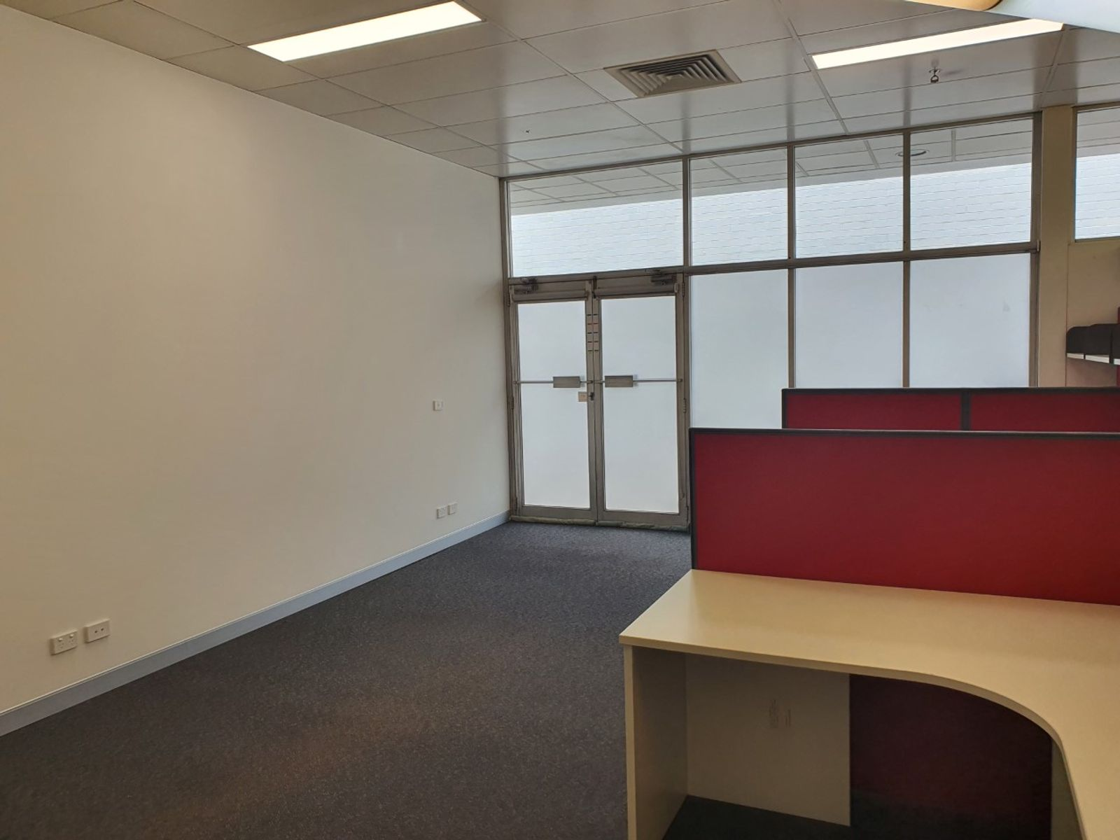 Suite 3/587  Pacific Hwy, Belmont, NSW 2280