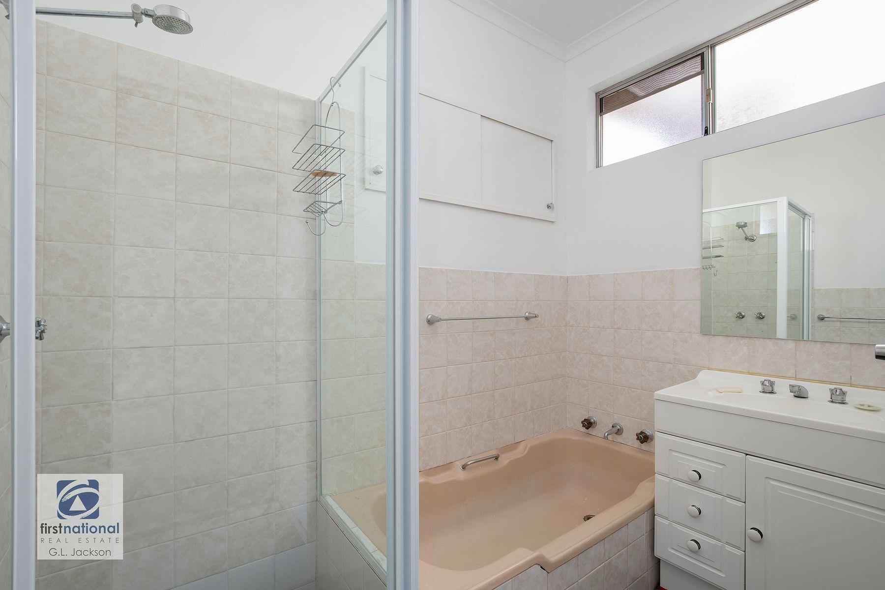 28 Gwendolen Avenue, Umina Beach, NSW 2257