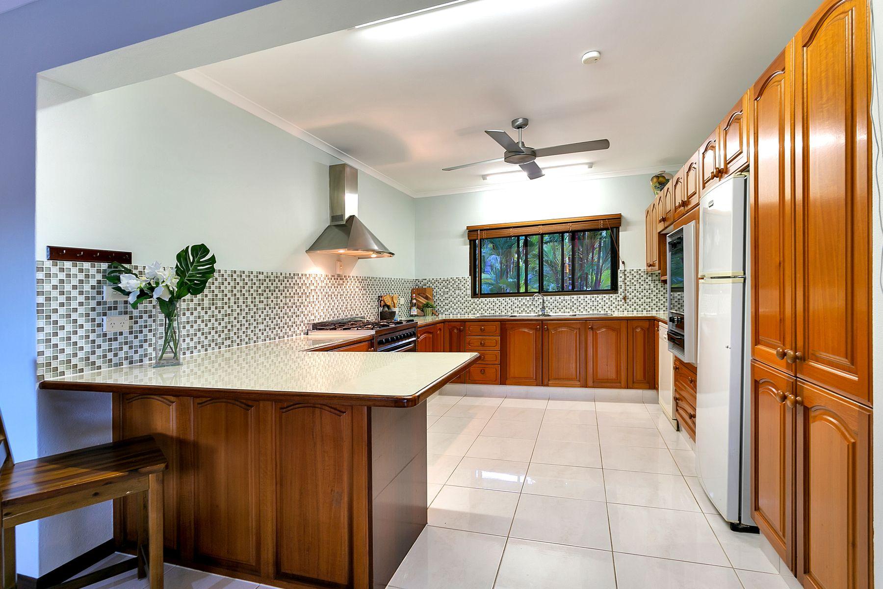 15 Slate Close, Brinsmead, QLD 4870