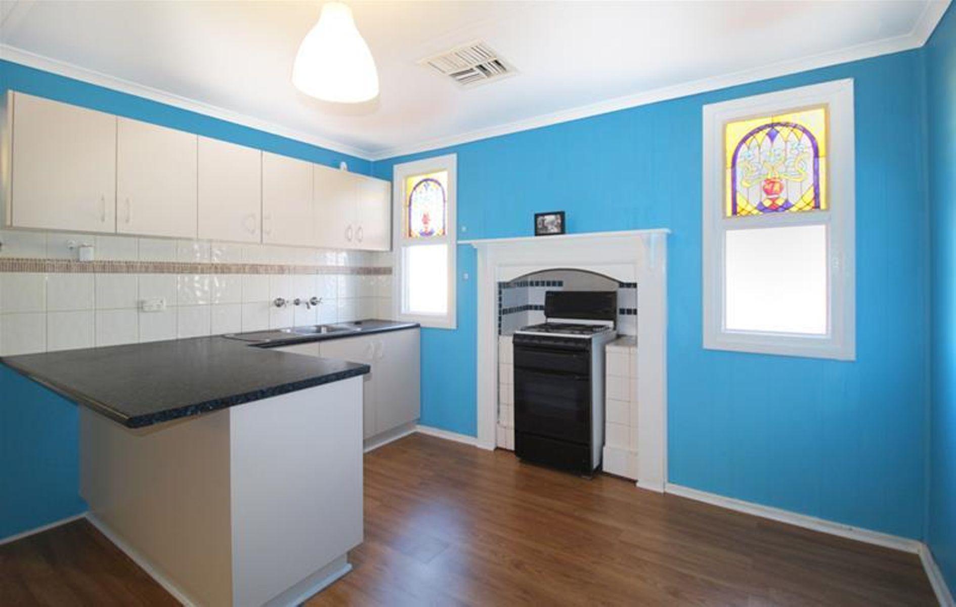 51 Campbell Street, Lamington, WA 6430