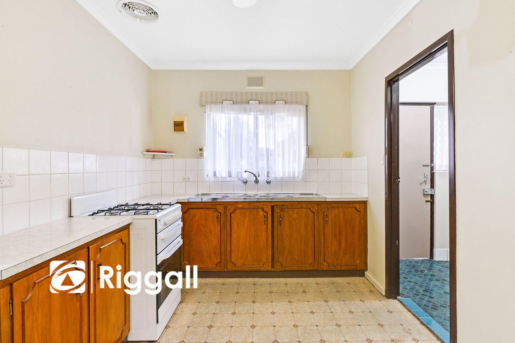 1/18 Kings Avenue, Blair Athol, SA 5084