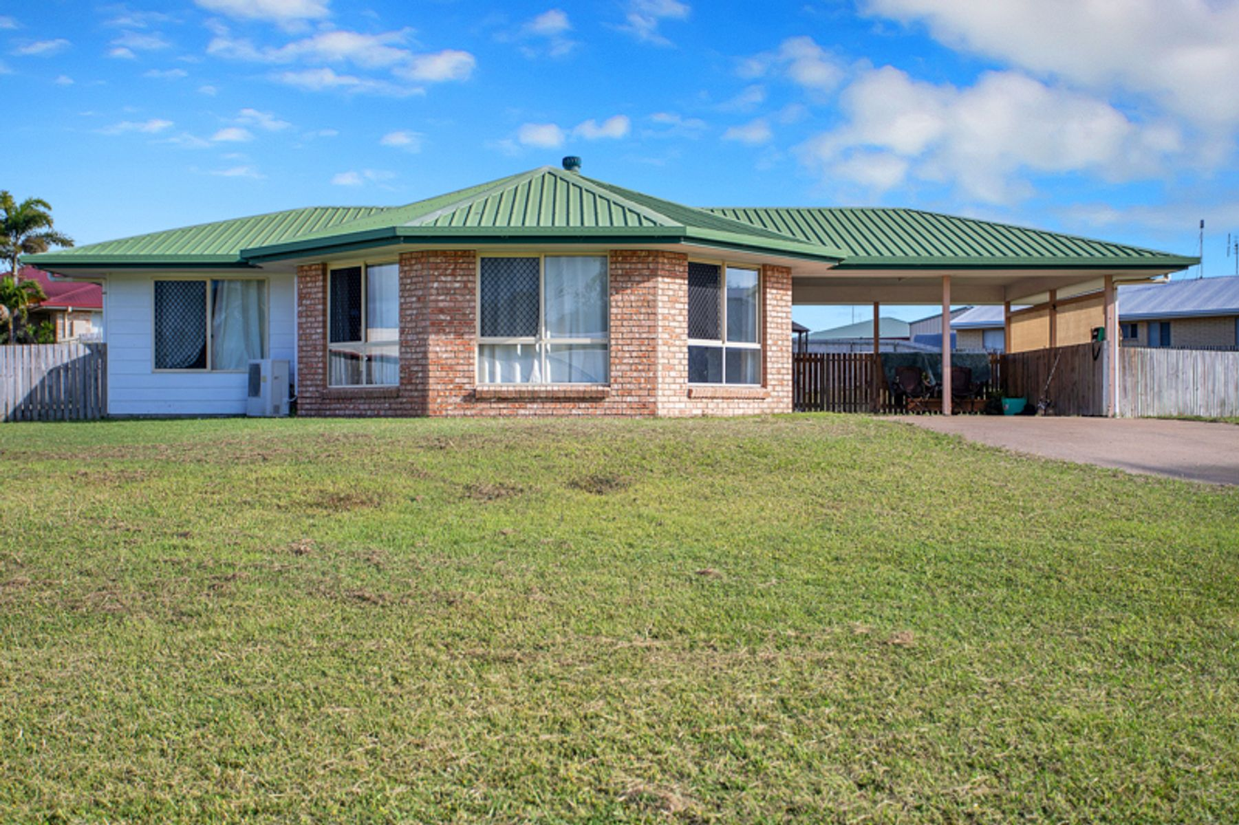8 Peninsula Drive, Hay Point, QLD 4740