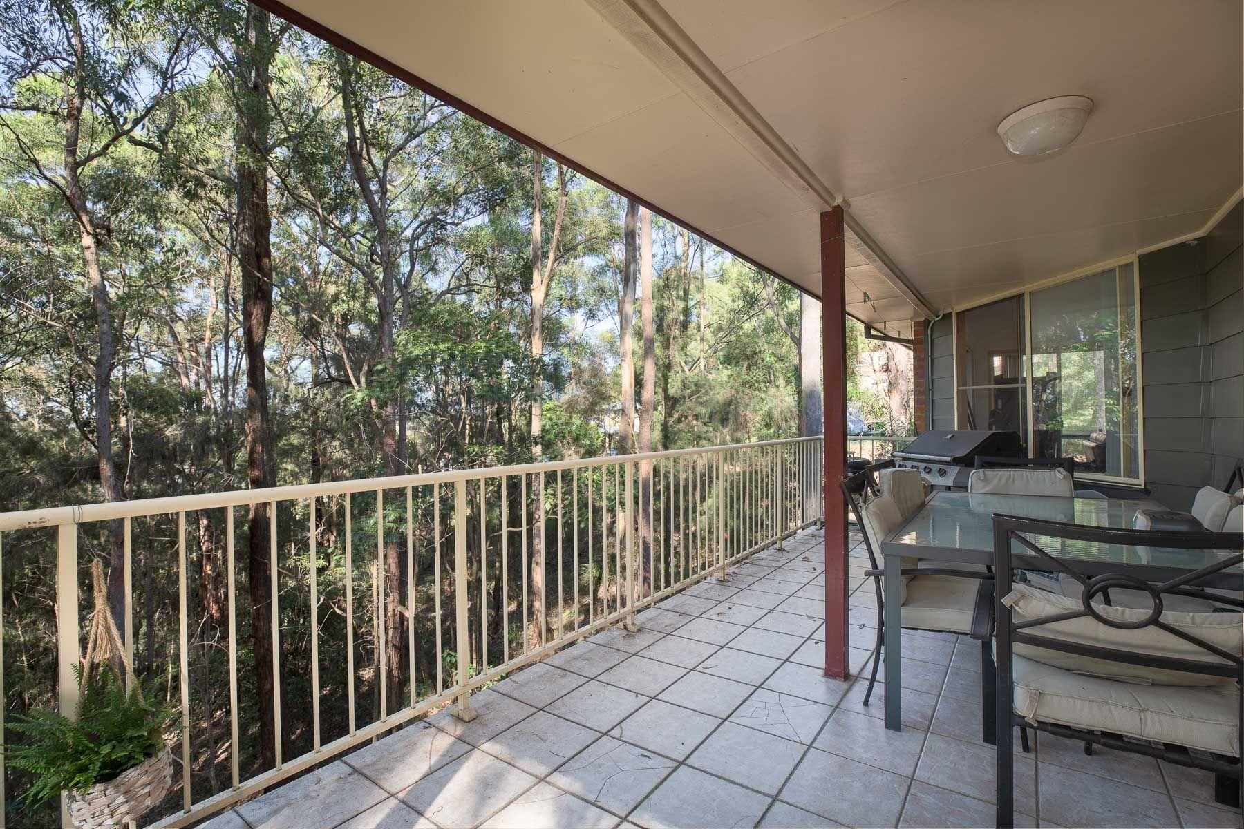 40 Seaview Close, Eleebana, NSW 2282