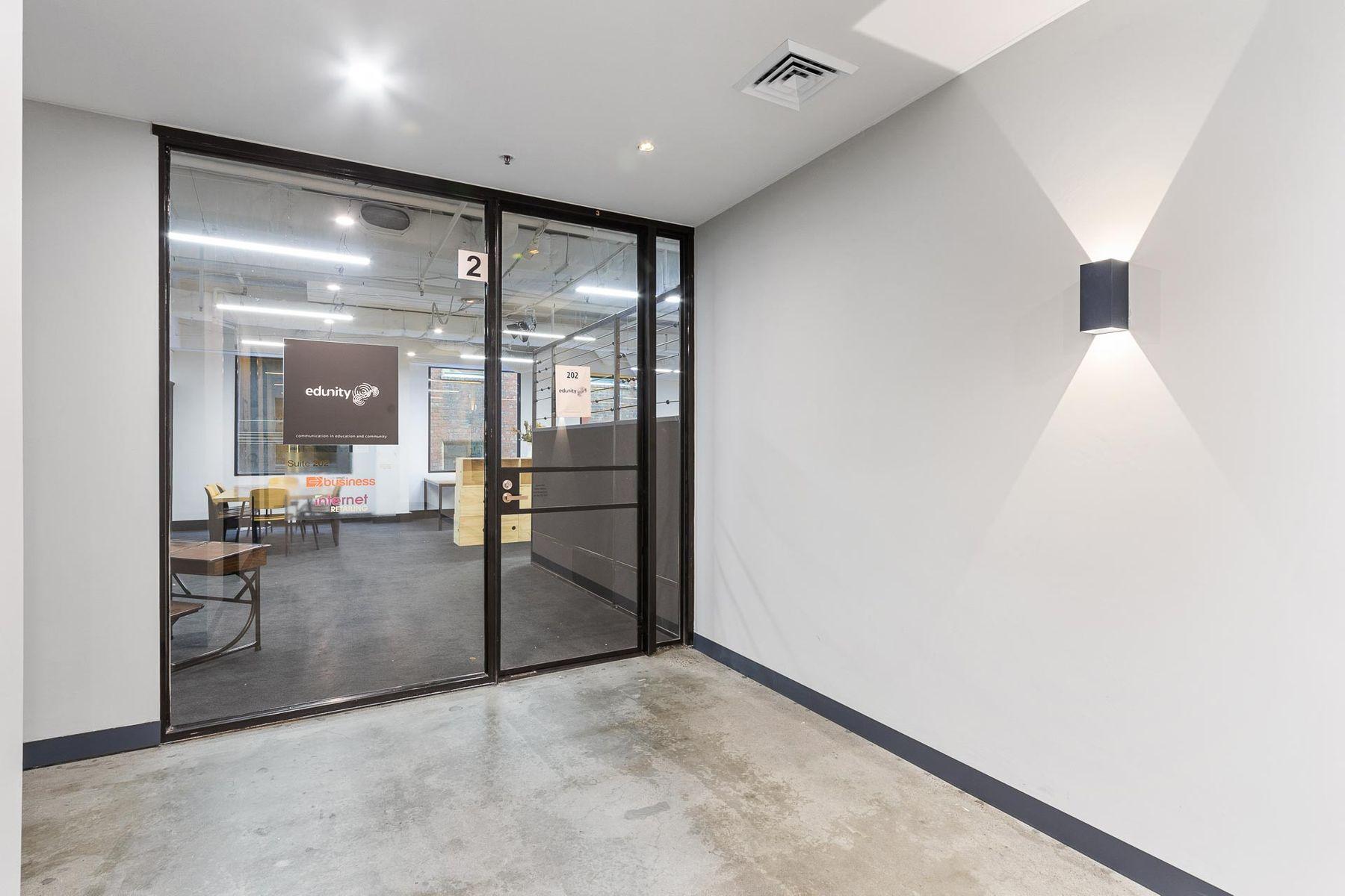 WEB   202 517 Flinders Lane Melbourne    8