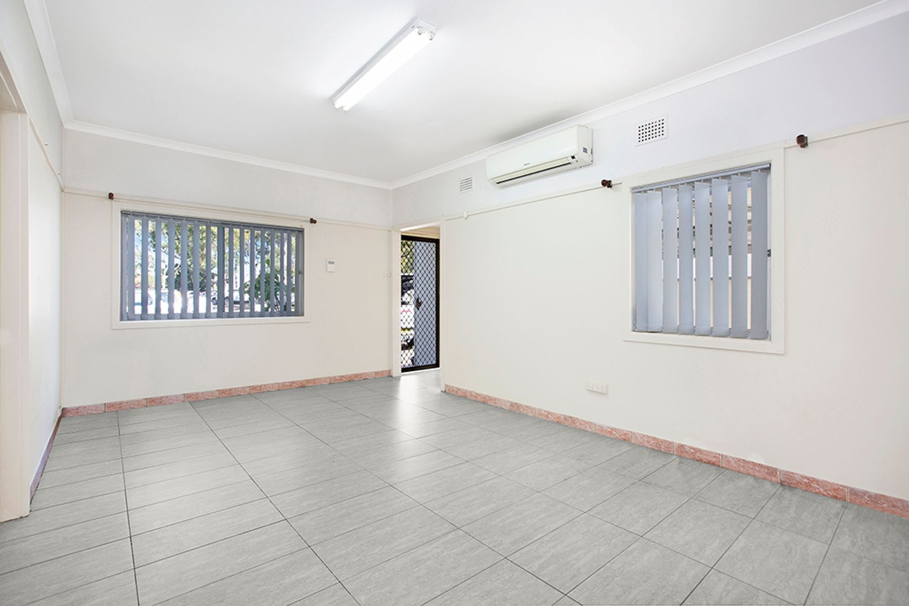 196 Wilbur Street, Greenacre, NSW 2190