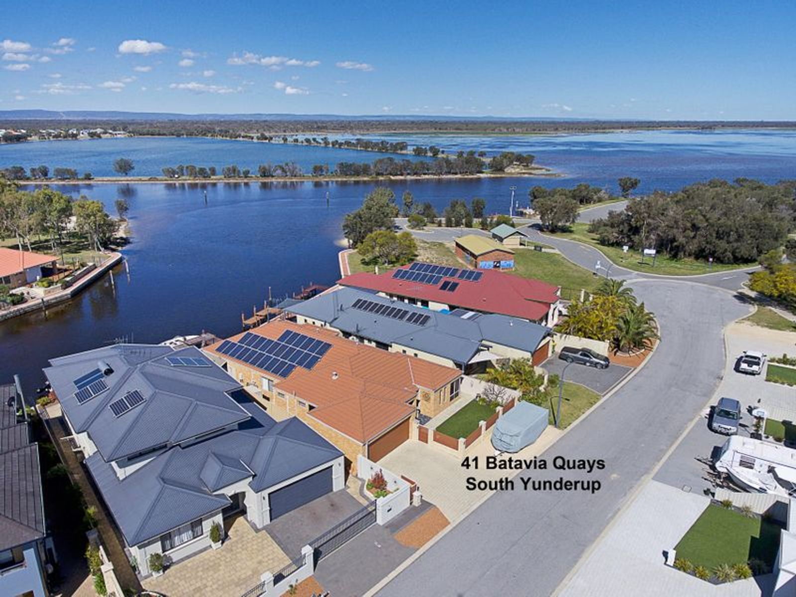 41 Batavia Quays, South Yunderup, WA 6208