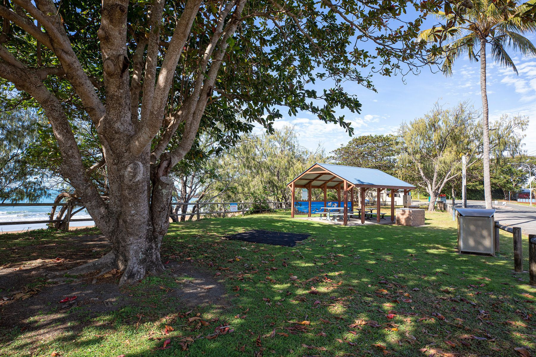 1/47 Owen Jenkins Drive, Sarina Beach, QLD 4737