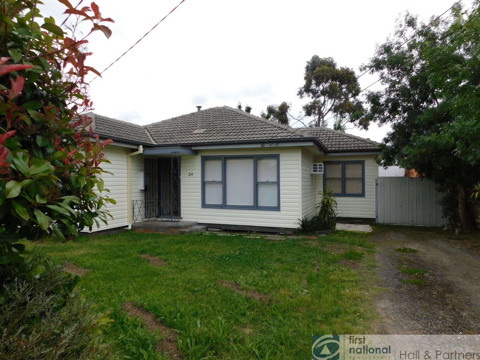 24 Gloria Avenue, Dandenong North, VIC 3175