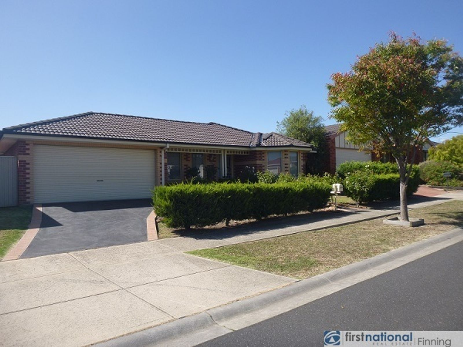 8 Gatehouse Drive, Cranbourne East, VIC 3977