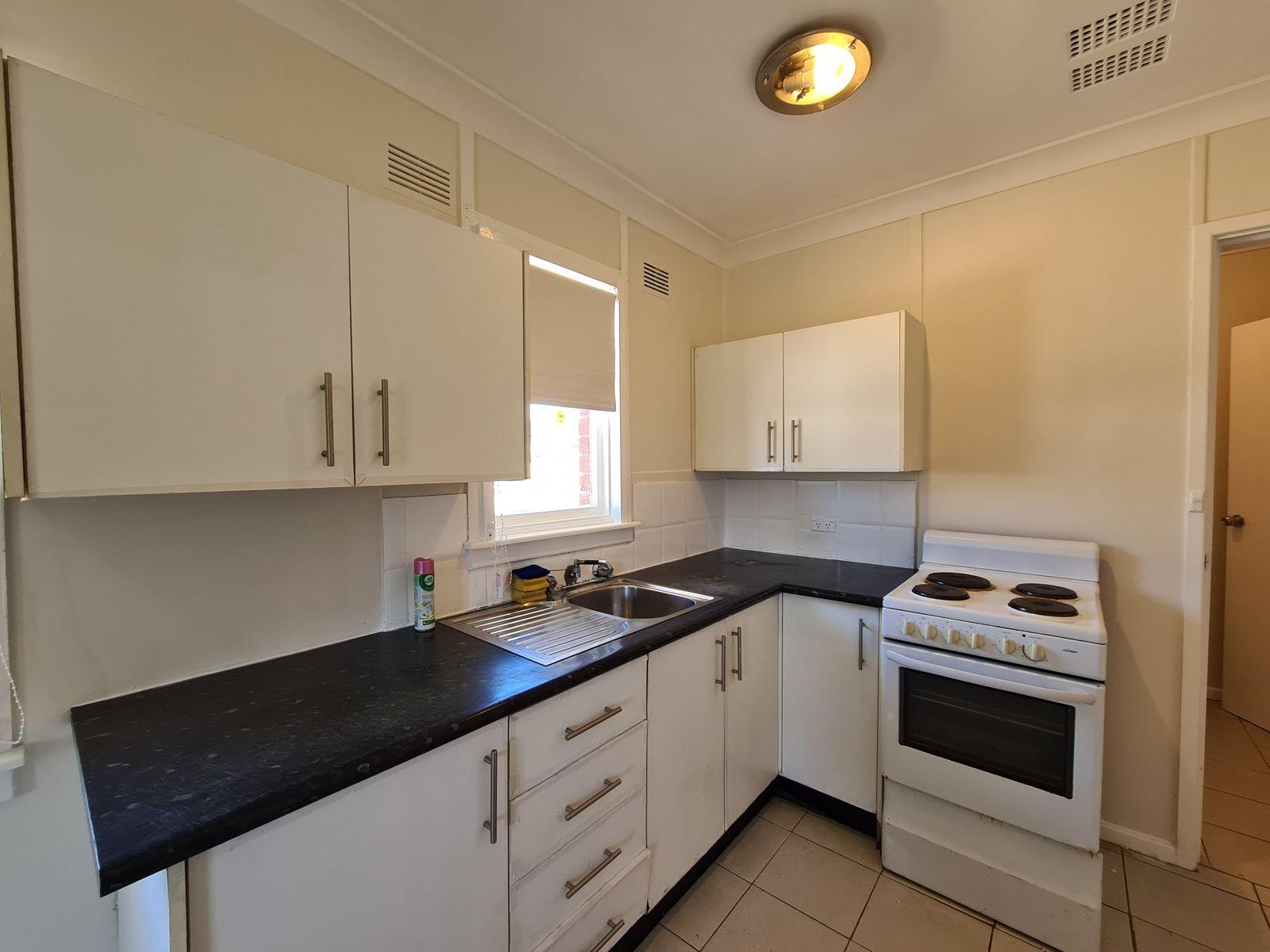1 Rotorua Street, Lethbridge Park, NSW 2770