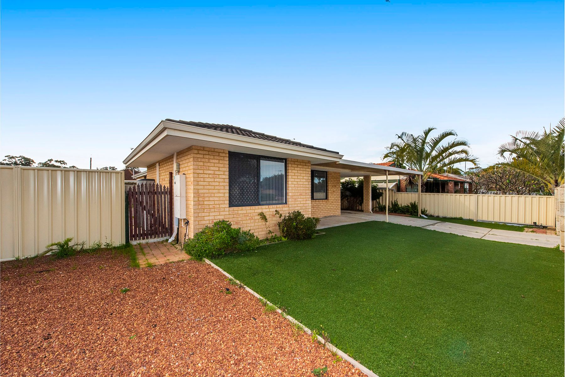 1 Grebe Court, Greenfields, WA 6210
