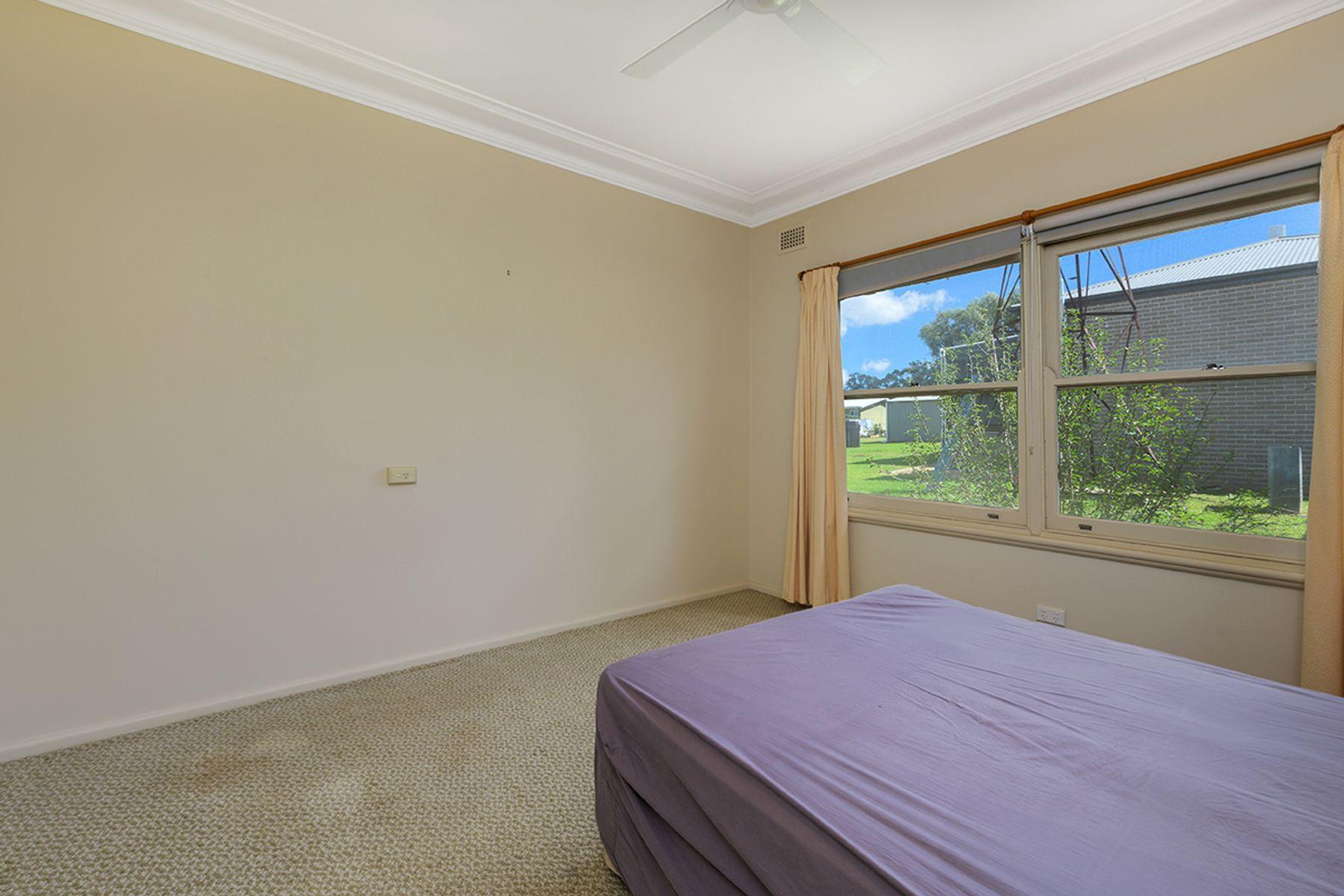 70 Martin Street, Coolah, NSW 2843