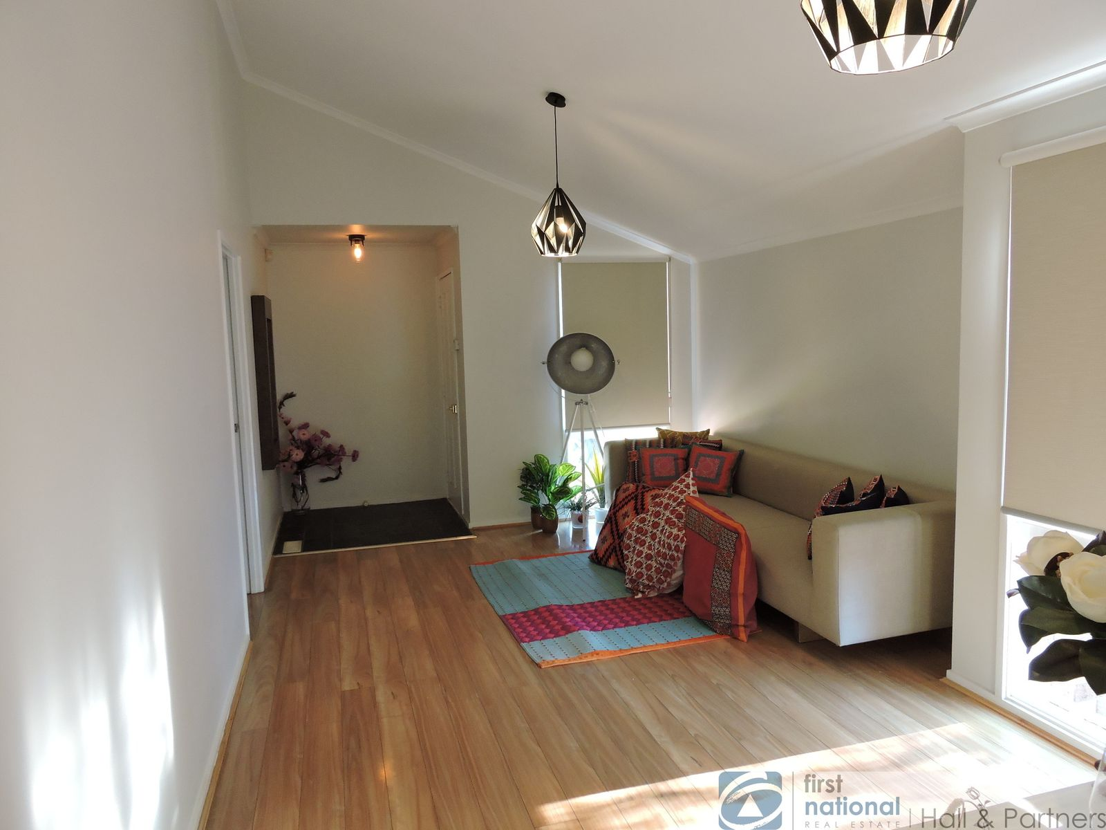 99 Shetland Street, Endeavour Hills, VIC 3802