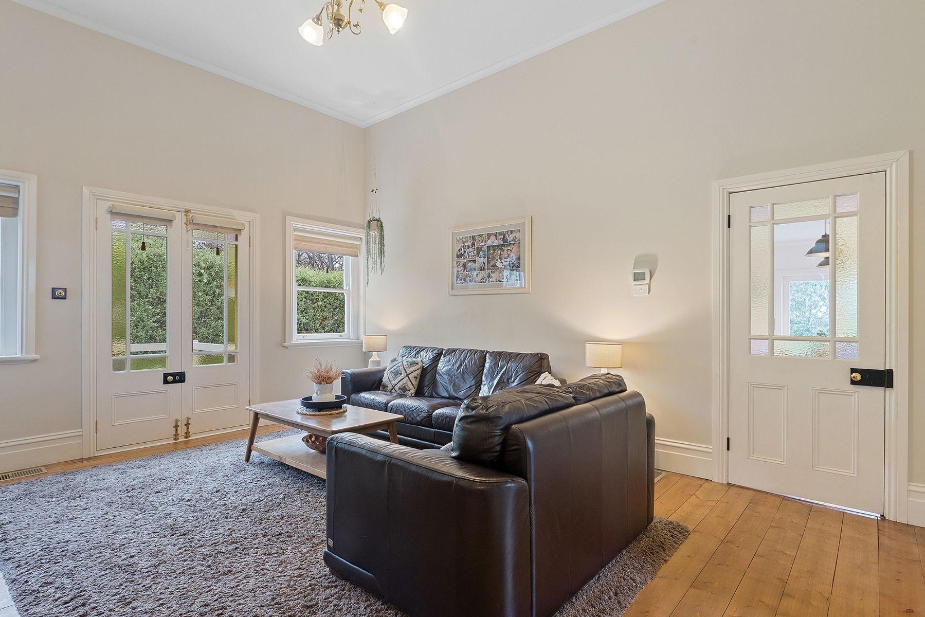 7 Malcolm Street, Quarry Hill, VIC 3550