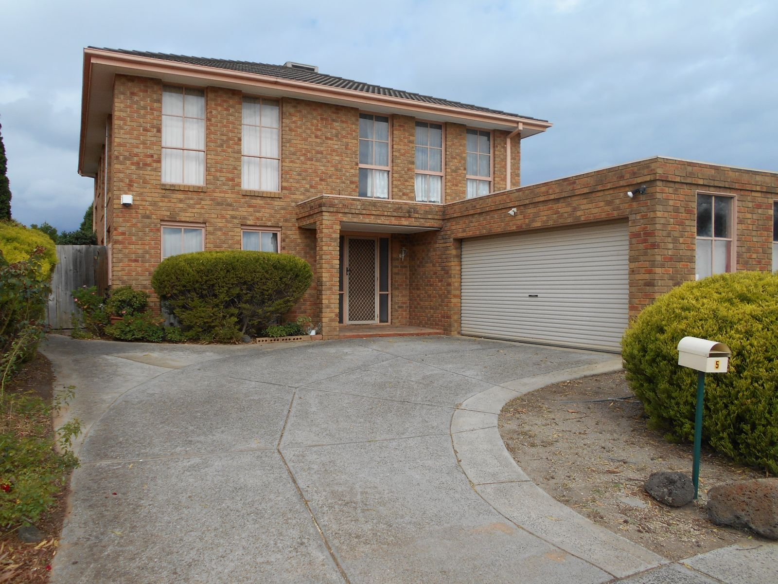 5 Jeanbart Court, Wantirna South, VIC 3152