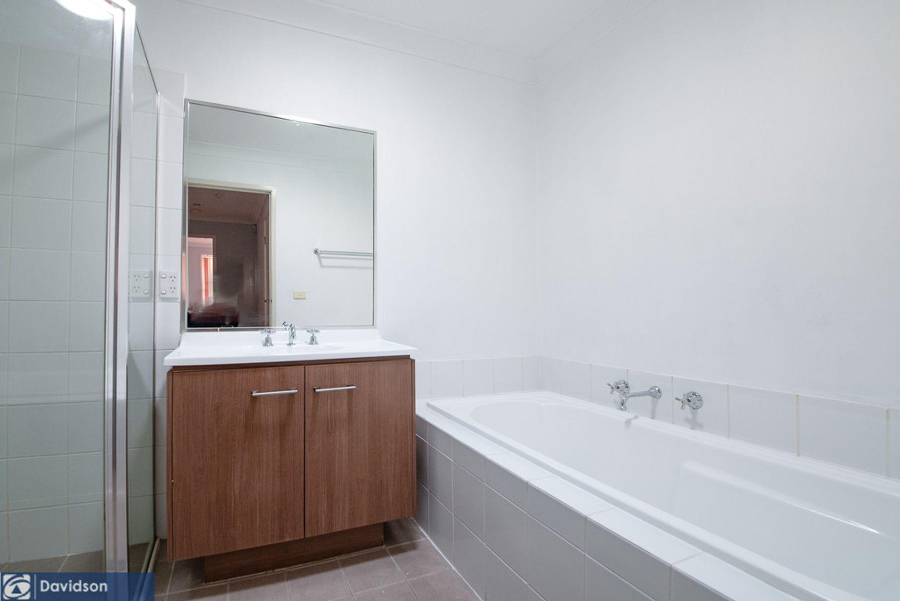 7 Margate Avenue, Holsworthy, NSW 2173