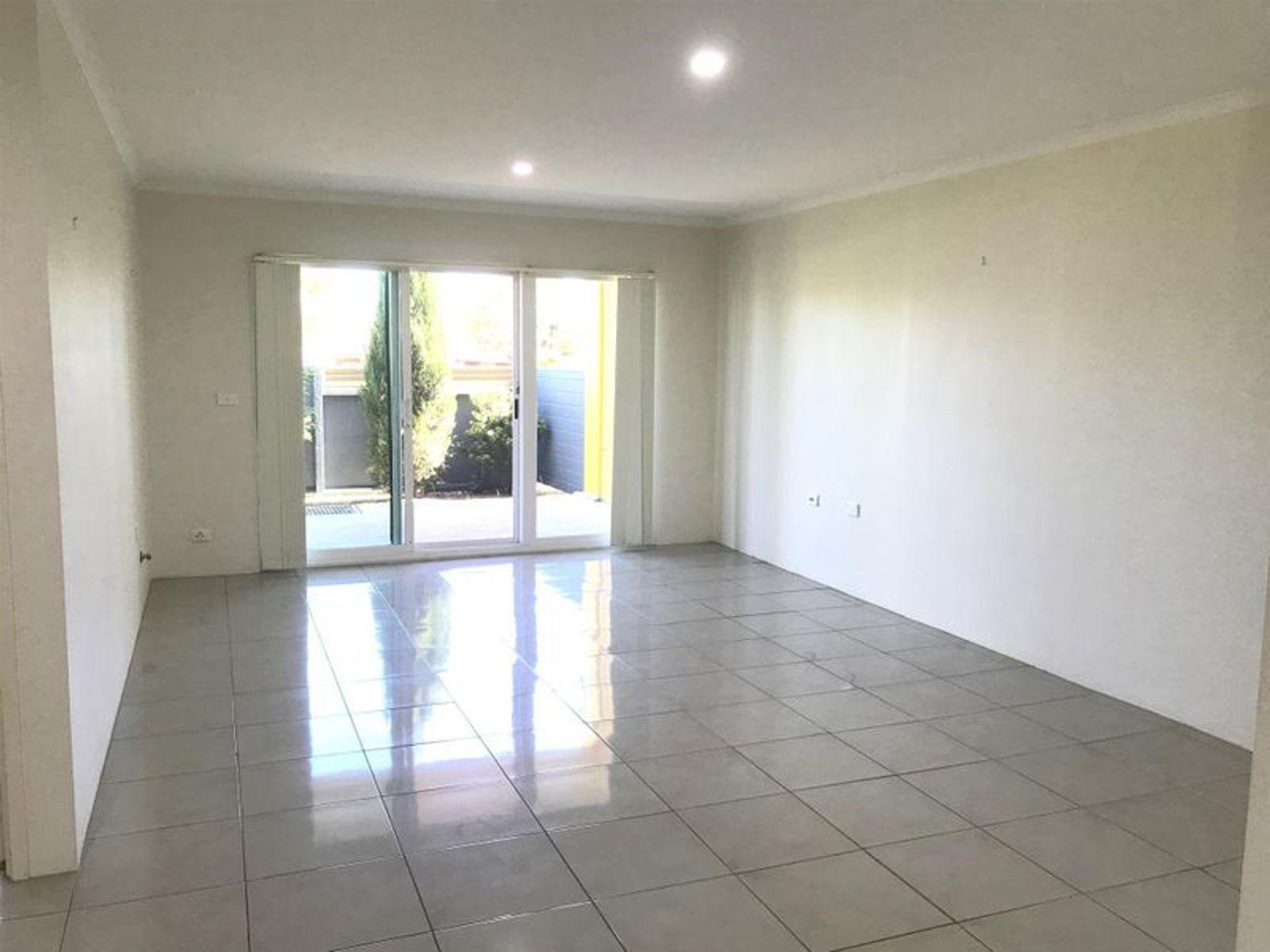 8/46 Mulgoa Road, Penrith, NSW 2750