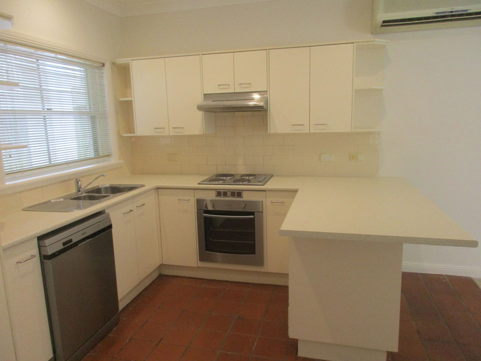 1A Bellambi Street, Northbridge, NSW 2063