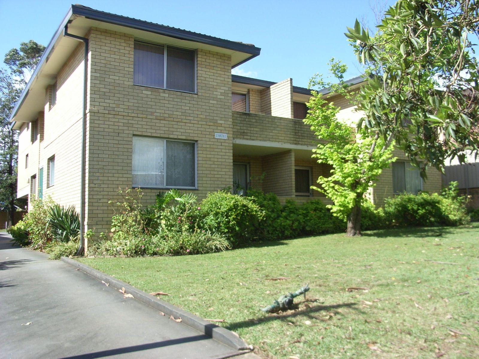 2/13 Thurston Street, Penrith, NSW 2750