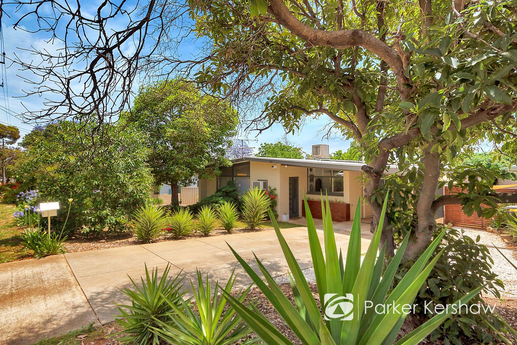 14 Liberman Road, Para Hills, SA 5096