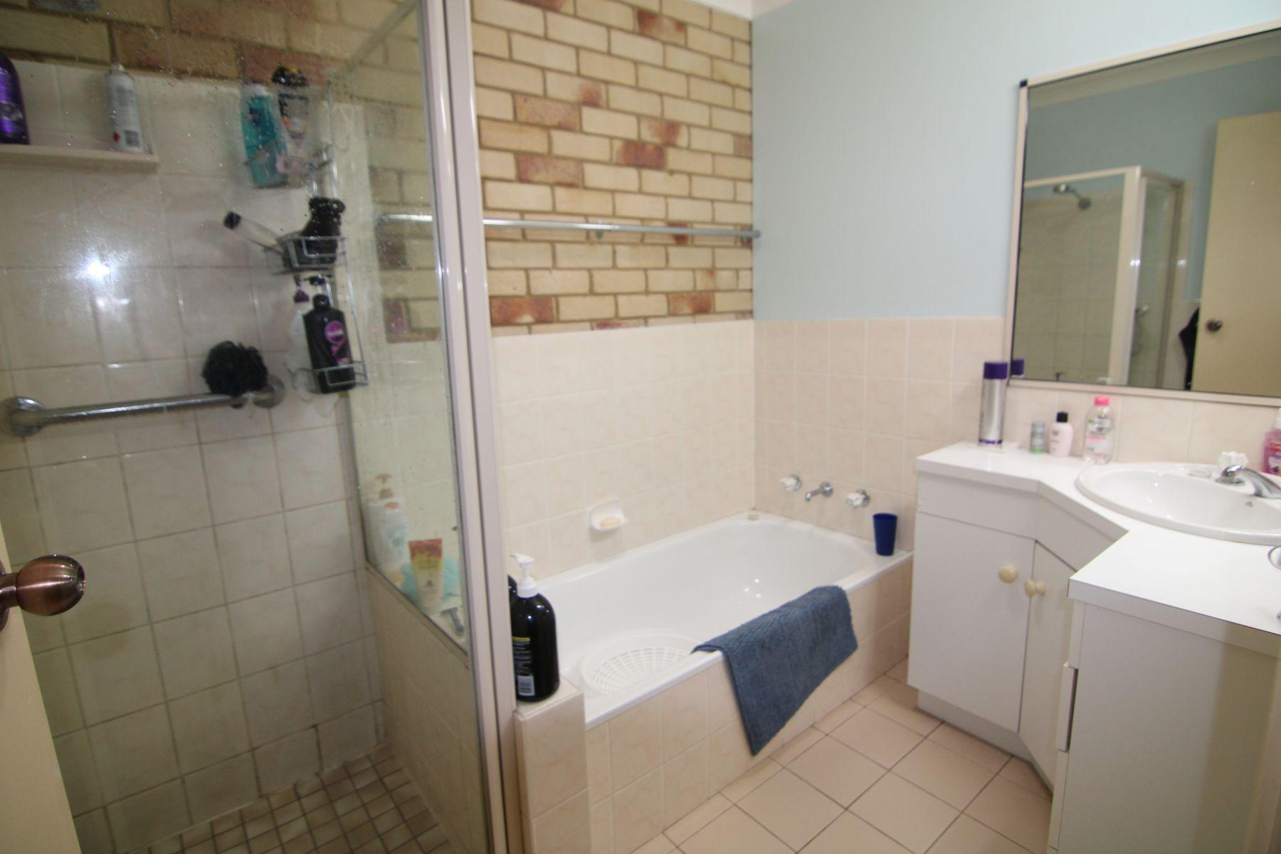 6b Queens Terrace, Inverell, NSW 2360