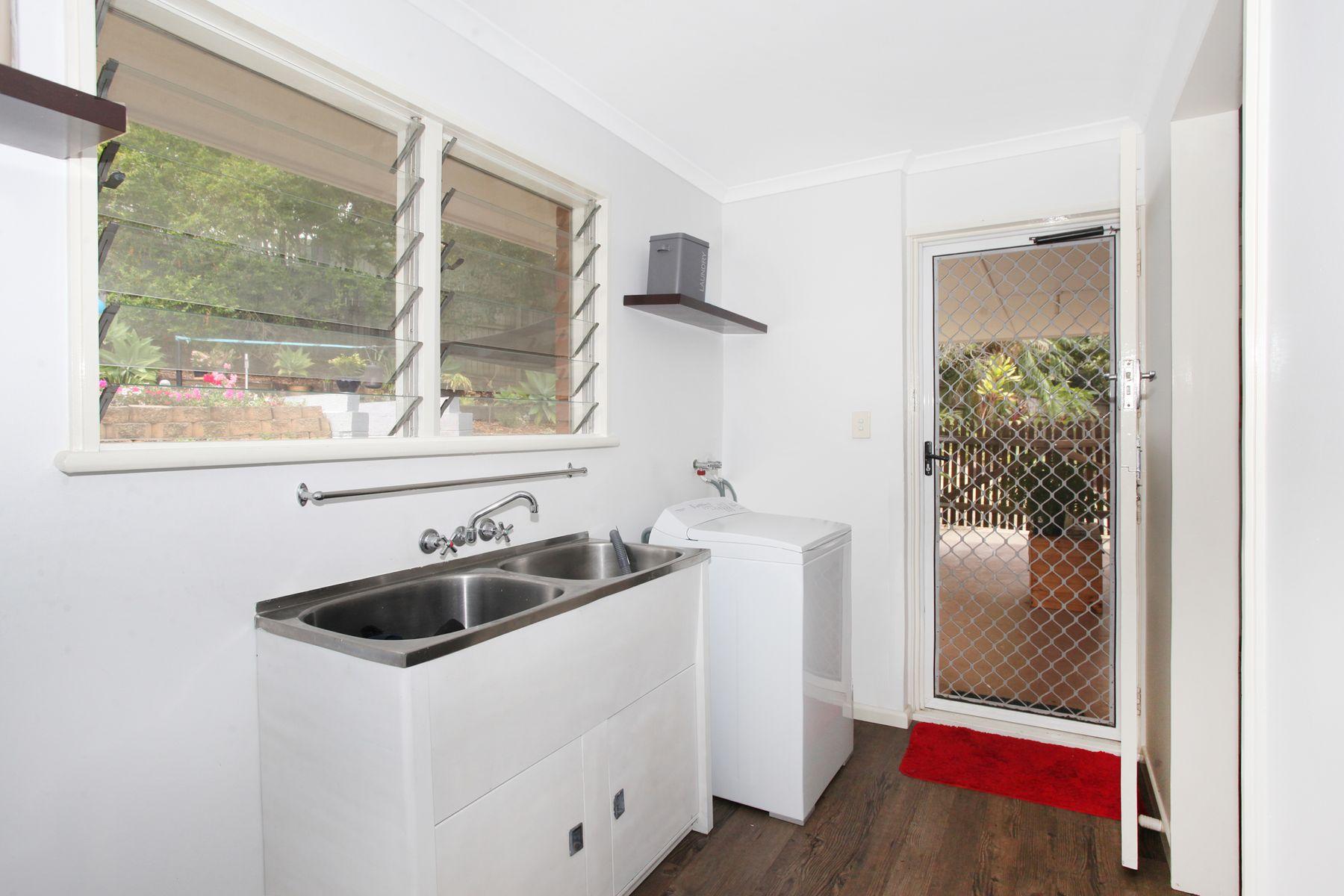 43 Glenys Street, Burnside, QLD 4560