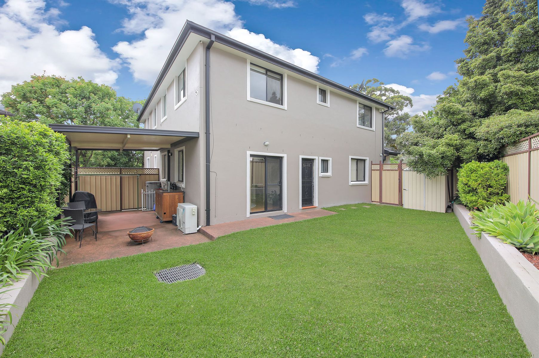 2B Uki Avenue, Picnic Point, NSW 2213