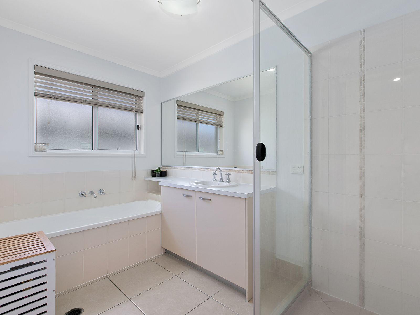 12 Alpinia Street, Sippy Downs, QLD 4556