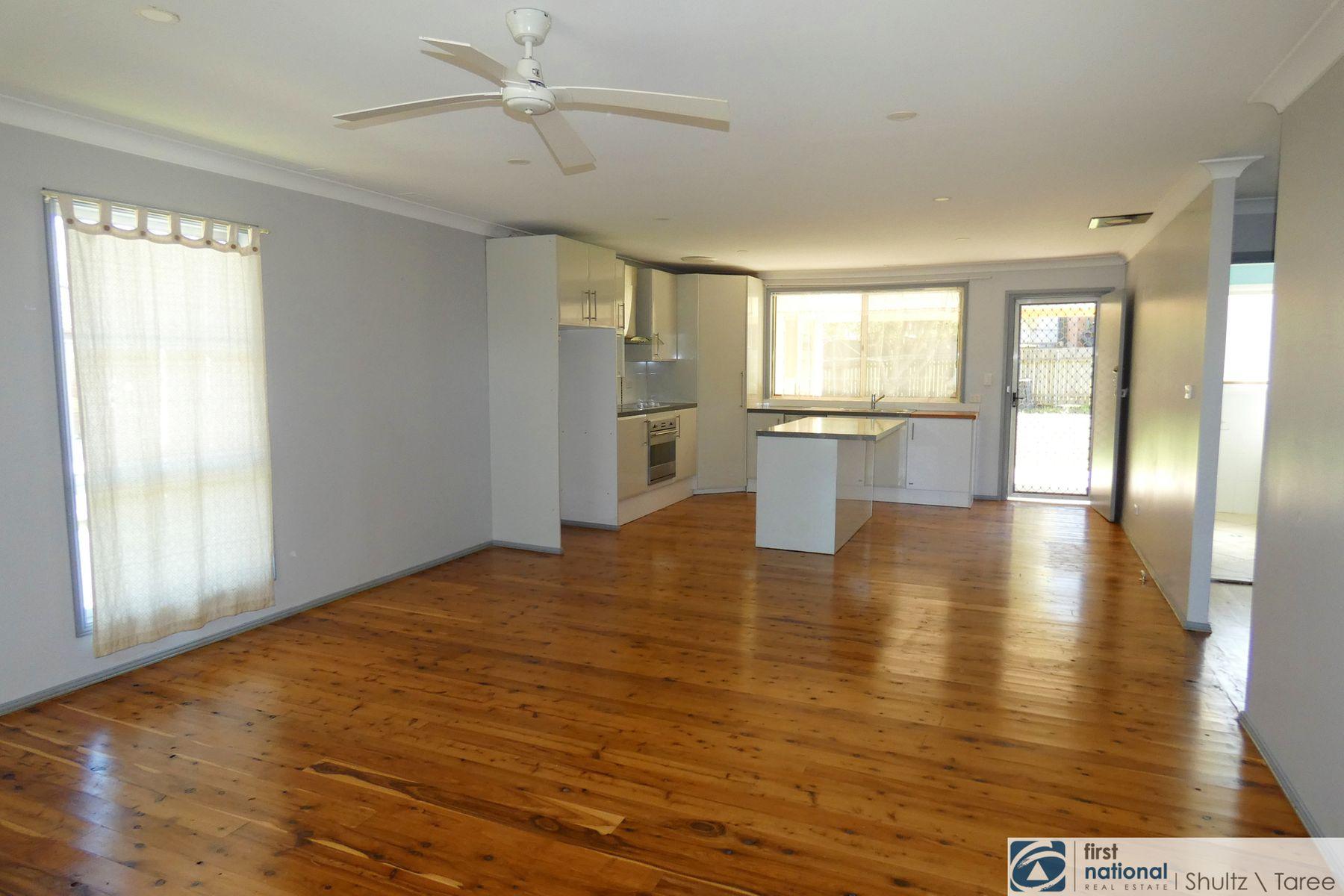 8 Deakin Crescent, Taree, NSW 2430