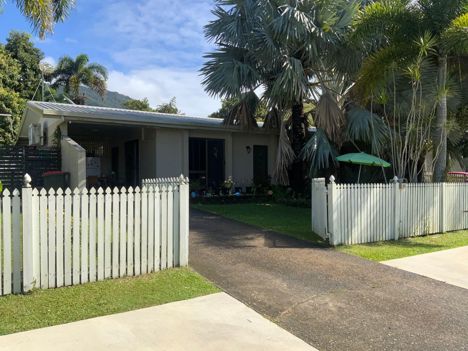35 Mestrez Street, Mooroobool, QLD 4870