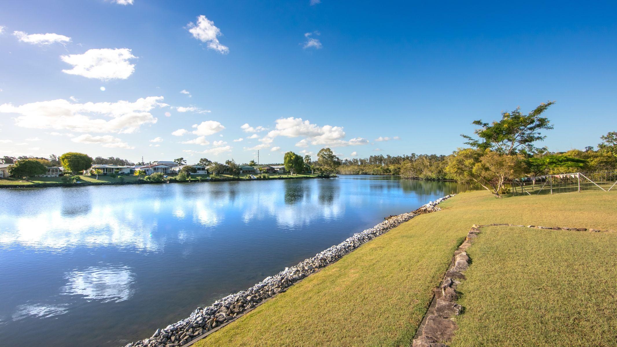 25 Bayview Drive, Yamba, NSW 2464