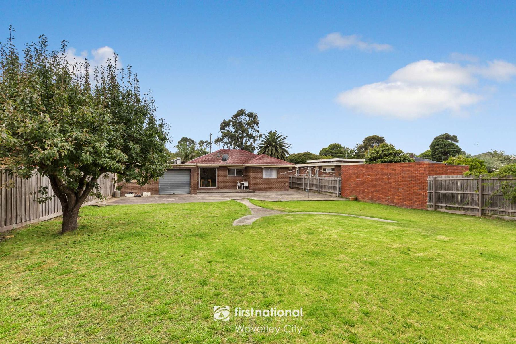 75 Brandon Park Drive, Wheelers Hill, VIC 3150
