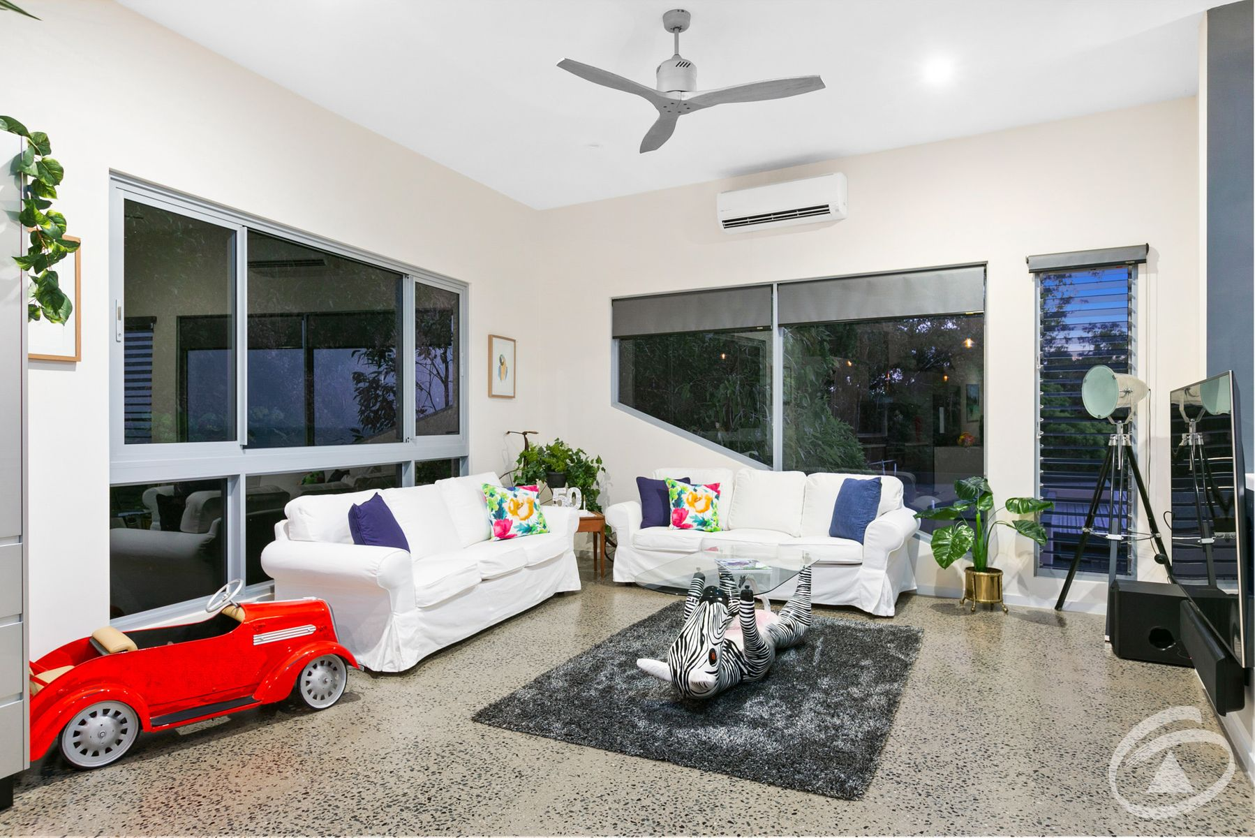 27.9 Savaii Close, Palm Cove, QLD 4879