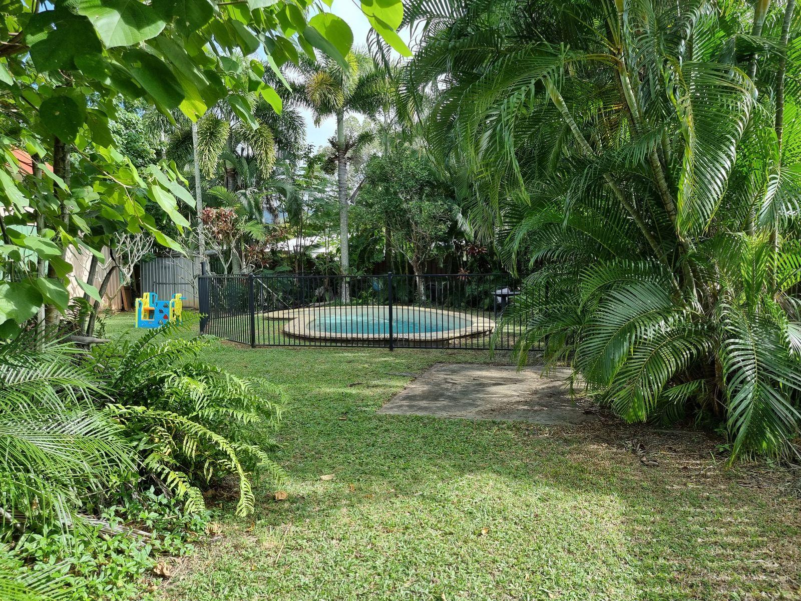 33 Kavieng Street, Trinity Beach, QLD 4879