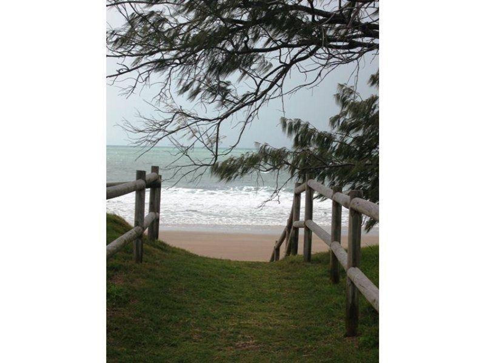 3/47 Owen Jenkins Drive, Sarina Beach, QLD 4737