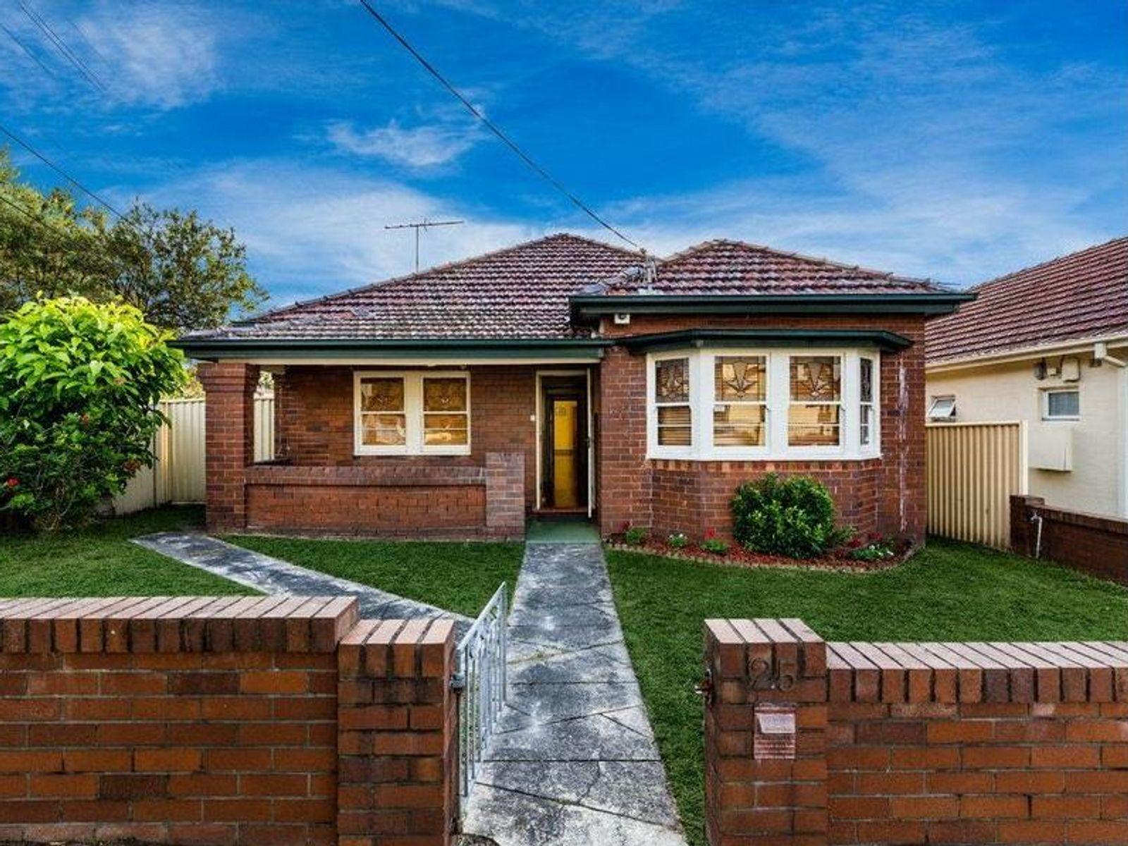 25 Woolcott Street, Earlwood, NSW 2206