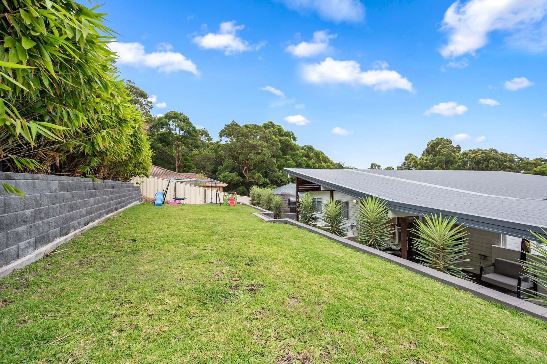 33 Delaware Drive, Macquarie Hills, NSW 2285
