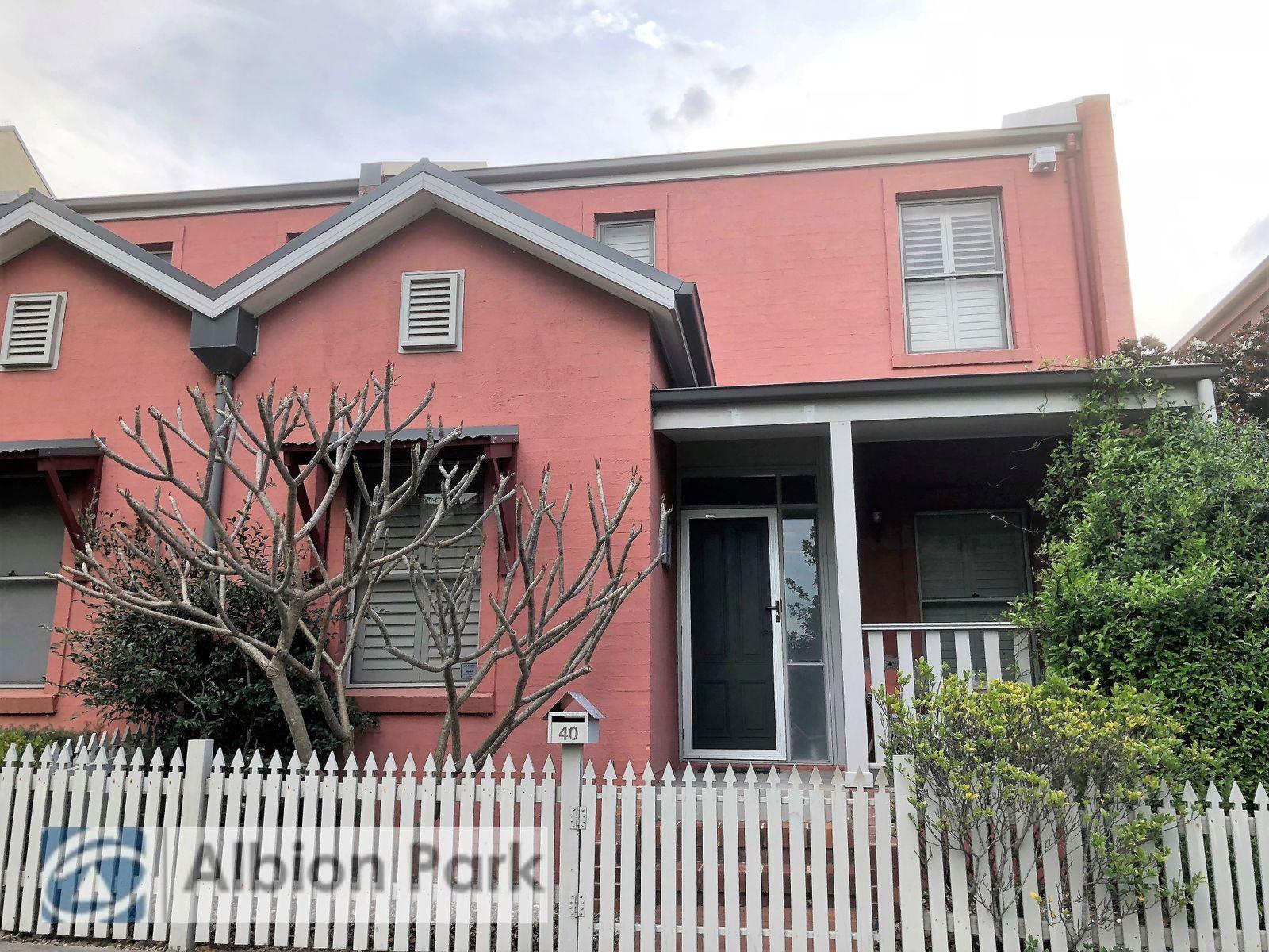 40 Broughton Avenue, Tullimbar, NSW 2527