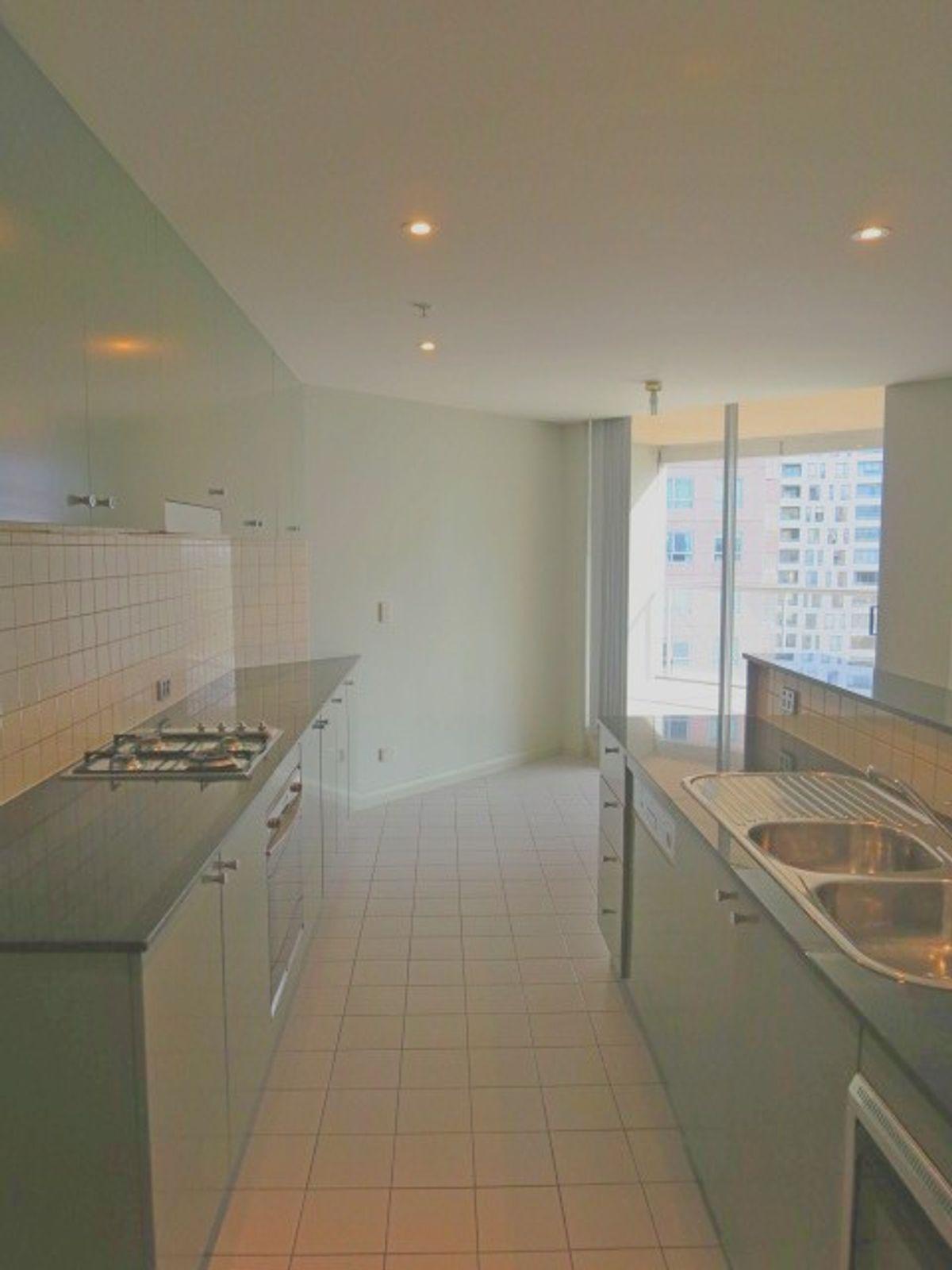1702/2B Help Street, Chatswood, NSW 2067