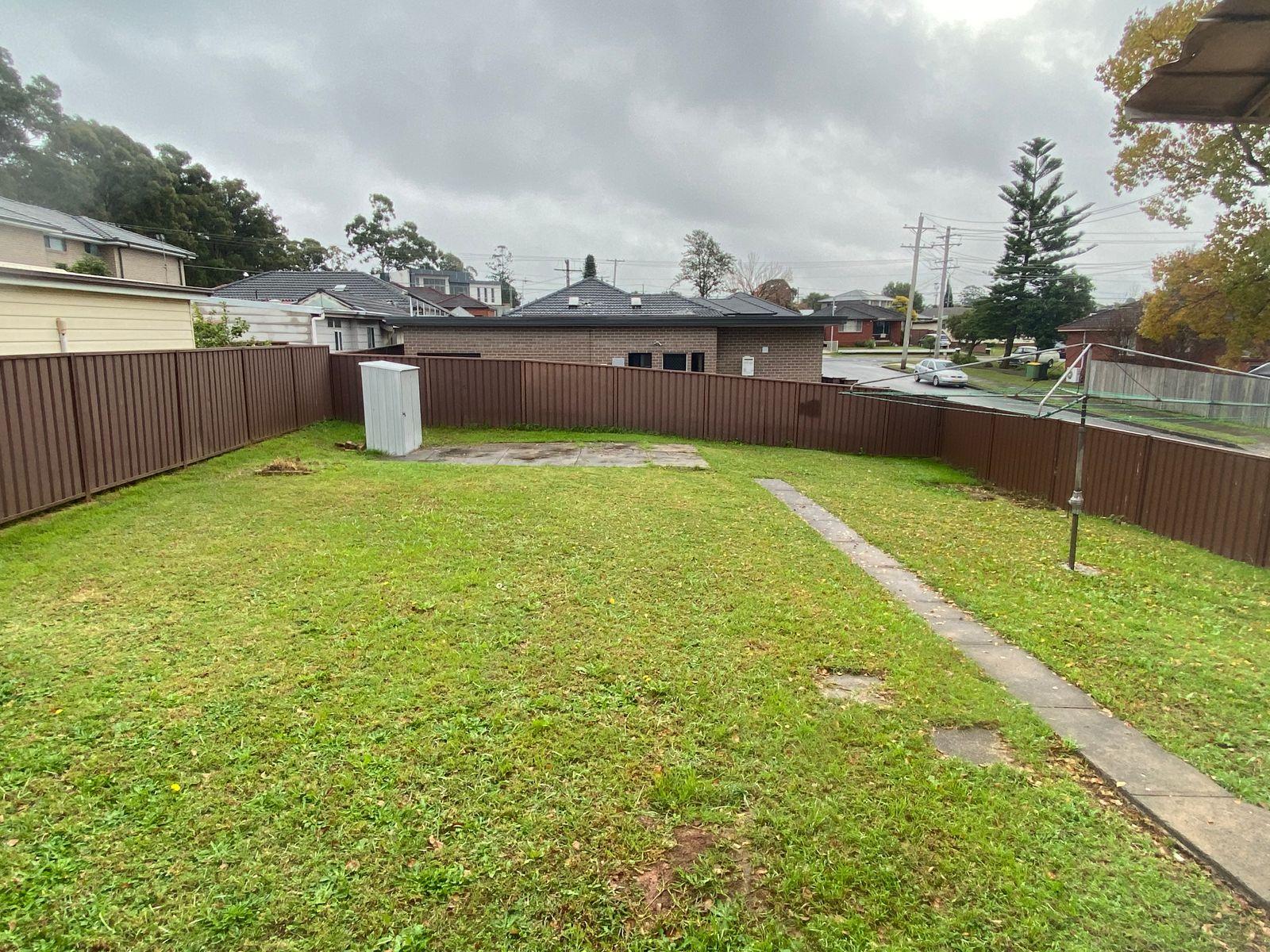 29 Quiros Avenue, Fairfield West, NSW 2165