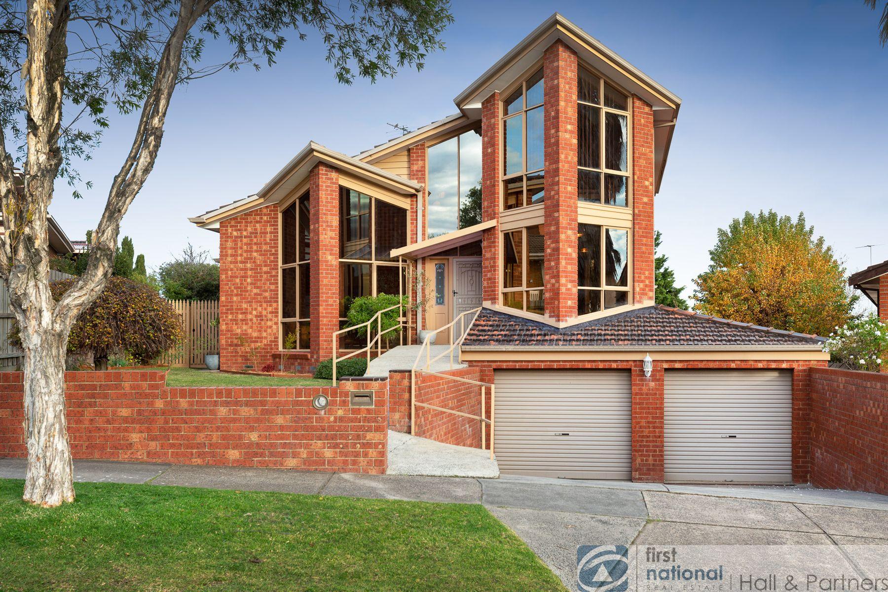 11 Freeman Court, Endeavour Hills, VIC 3802