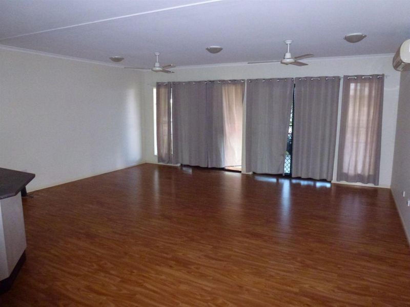 33 Cassia Court, Nebo, QLD 4742