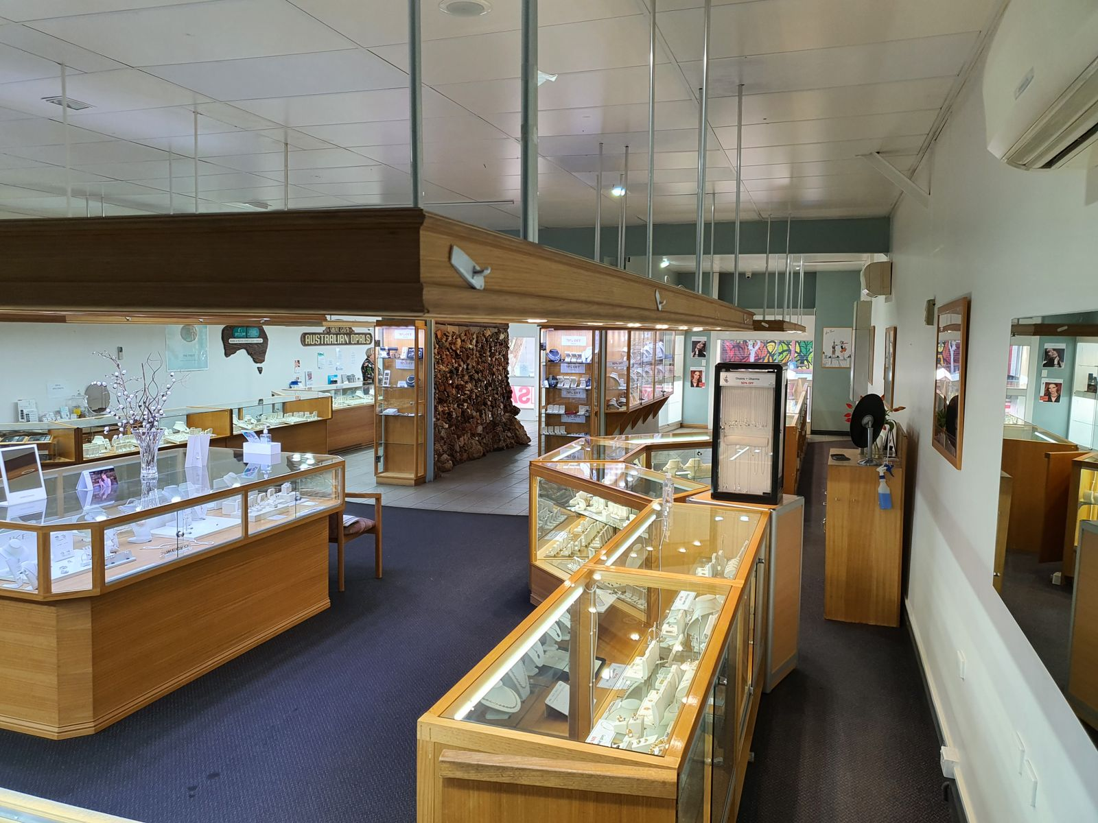 E-J/79 Todd Mall, Alice Springs, NT 0870