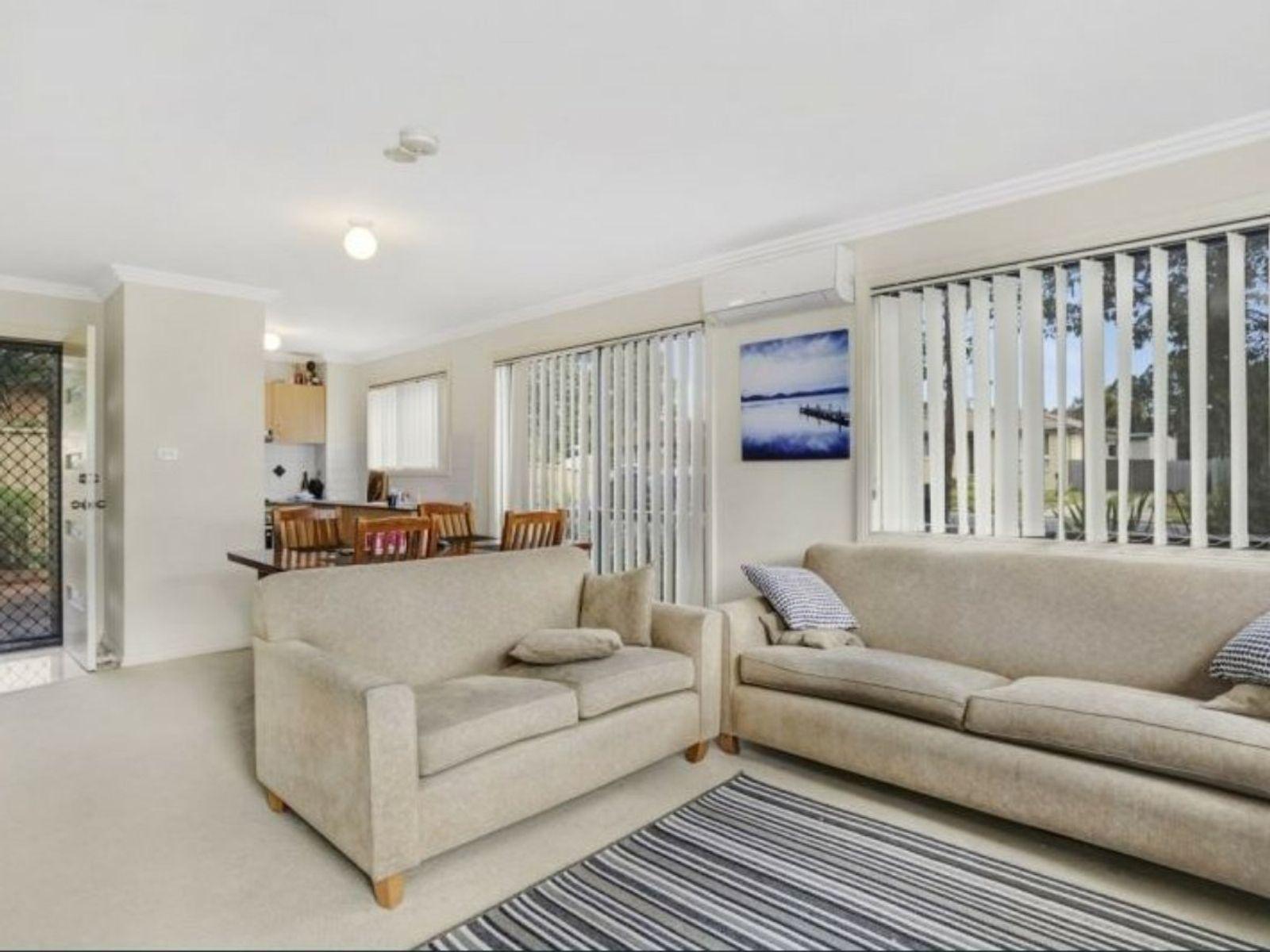 Unit 1/43 Gorokan Drive, Lake Haven, NSW 2263