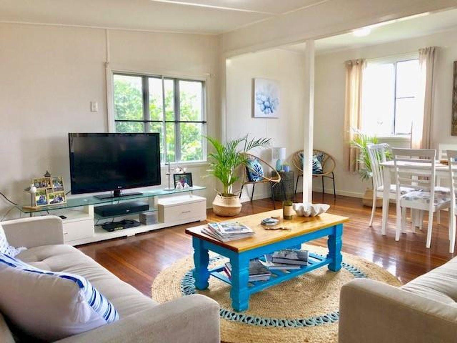 5 Crichton Street, Sarina Beach, QLD 4737