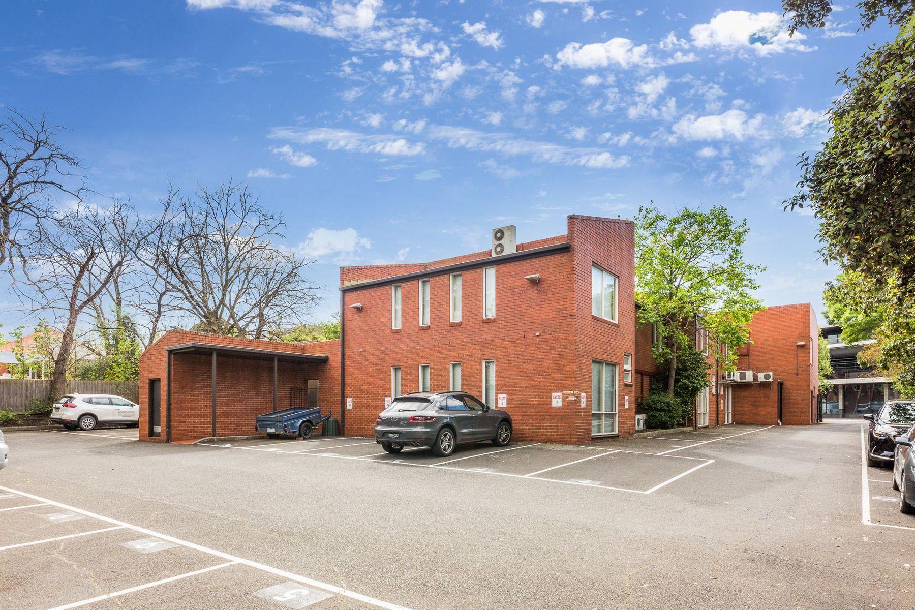 Rear parking view - 118 Church St, Hawthorn