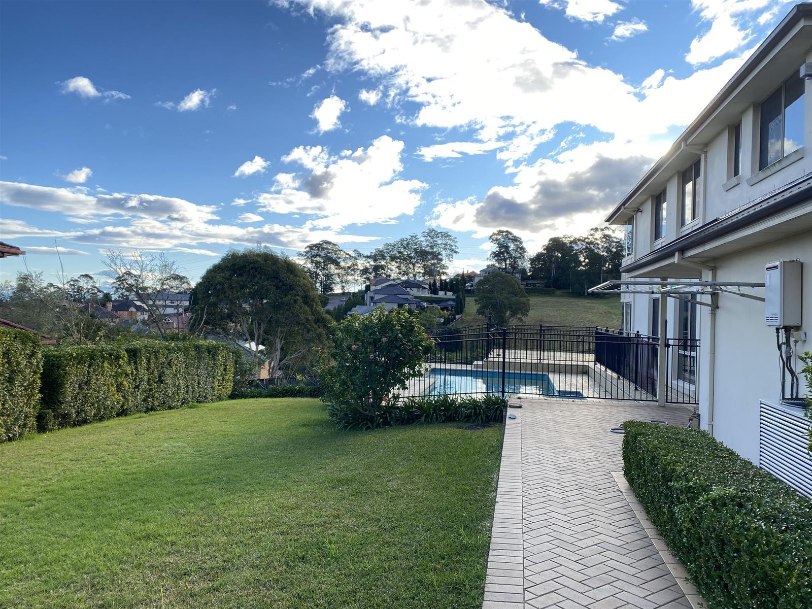 102 Coonara Avenue, West Pennant Hills, NSW 2125
