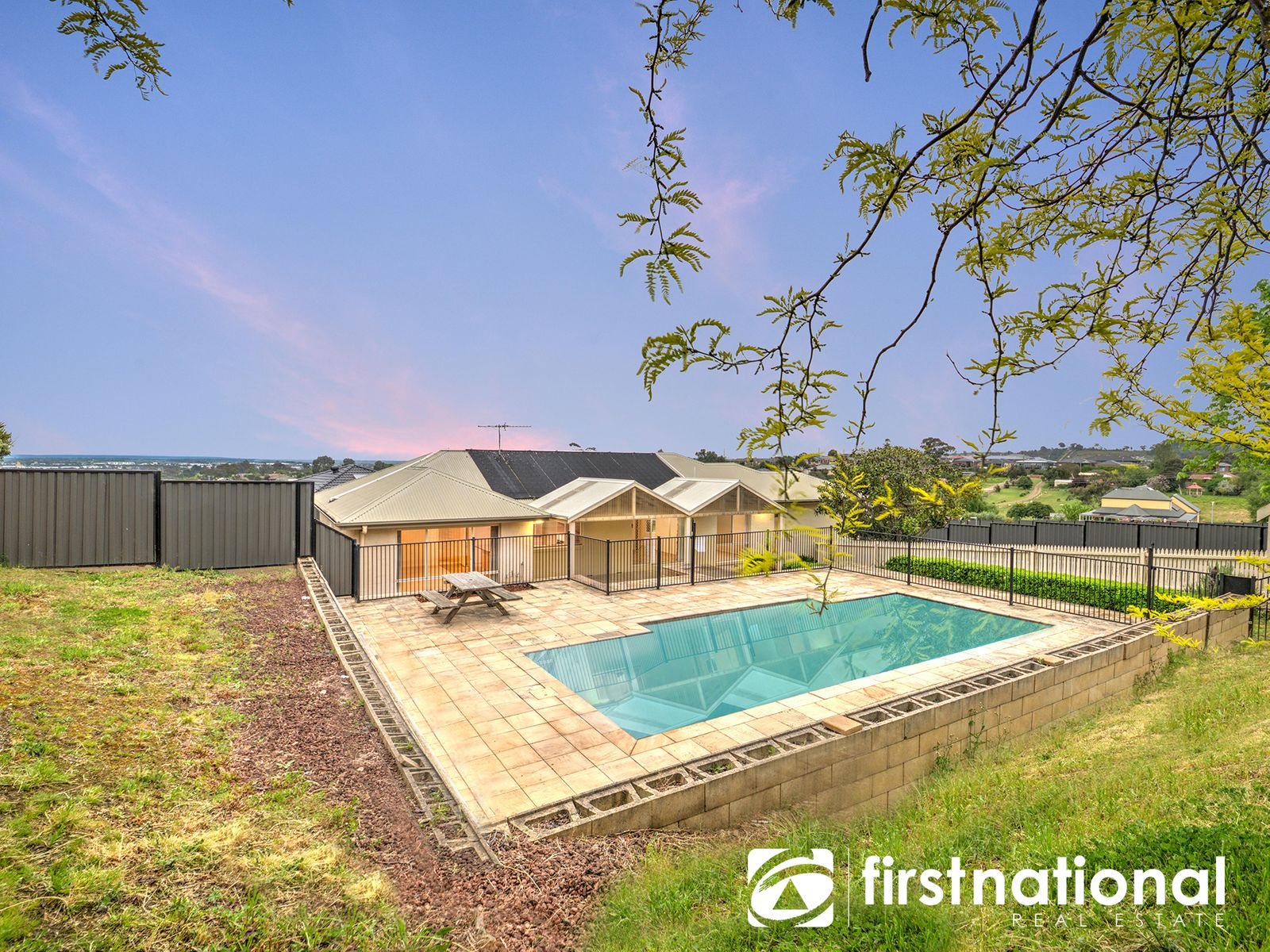 16 Dany Road, Pakenham, VIC 3810