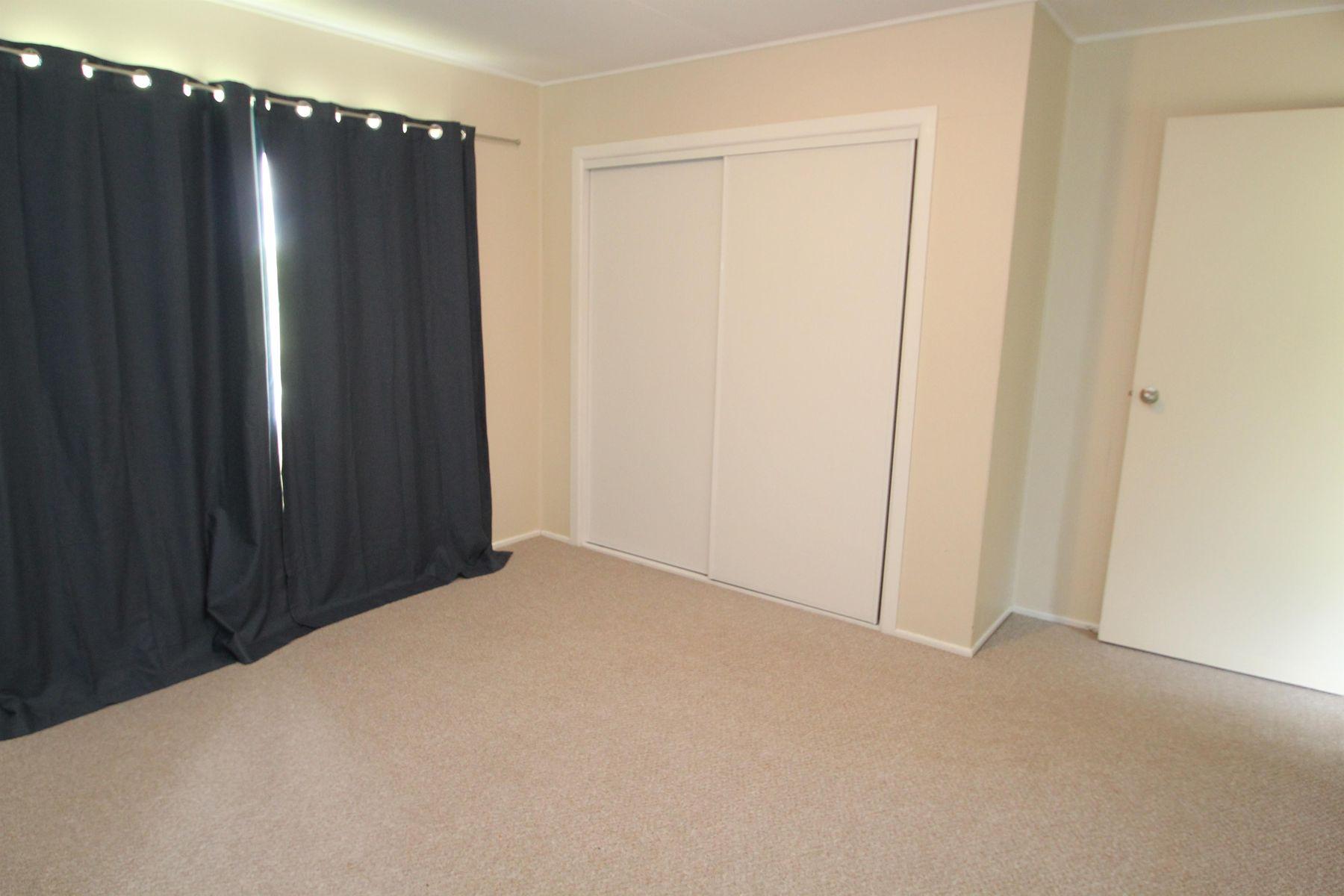 127 Duncan Street, Tenterfield, NSW 2372